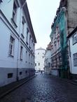 Дух средневековья витает в узких улочках Старой Риги