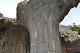 Мамелюки строили тщательно, не использовали маленьких камней, хорошо обрабатывали поверхность строительных блоков.