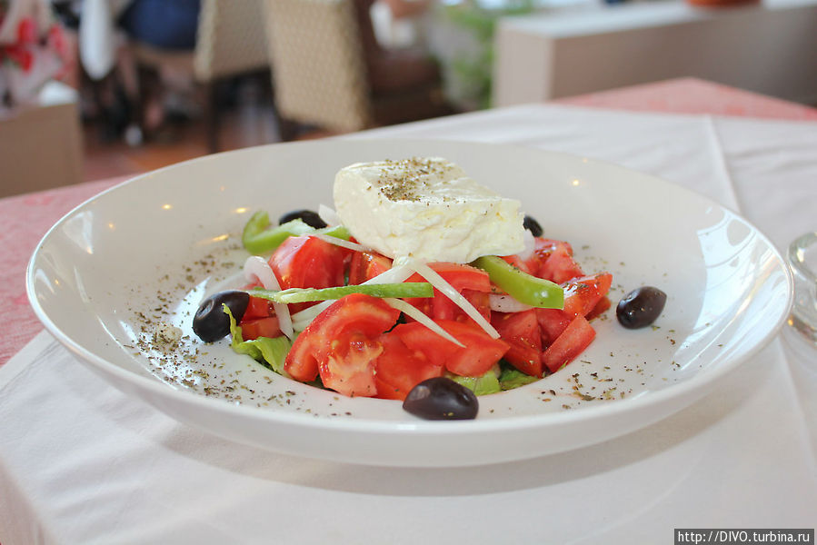 как же без греческого салата Херсониссос, Греция