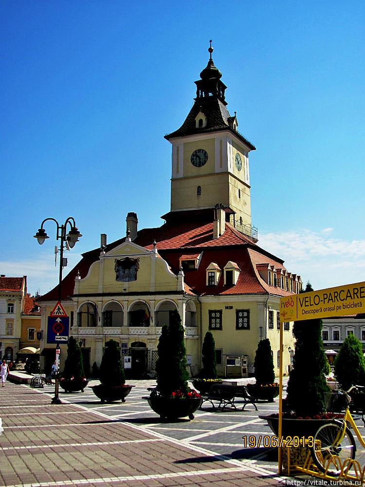 Ратушная площадь Брашов