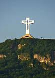 Проснувшись рано утром и выглянув в окно я увидела Крест Чьяпаса.