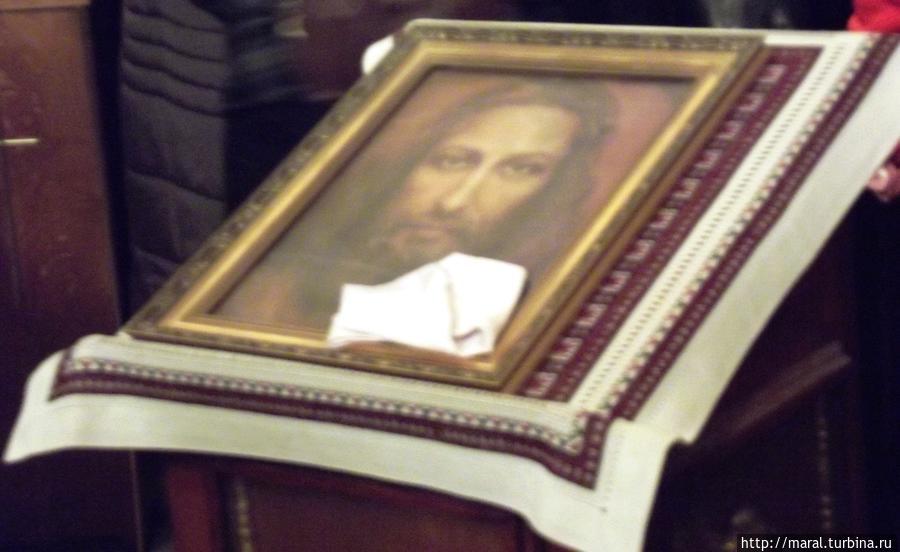 Голографическая икона с изменящимся ликом  Христа с молодости до старости
