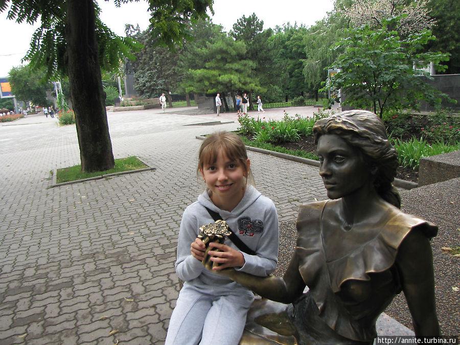 Валерия и Анюта.