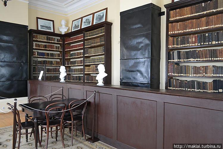 Первая публичная библиоте