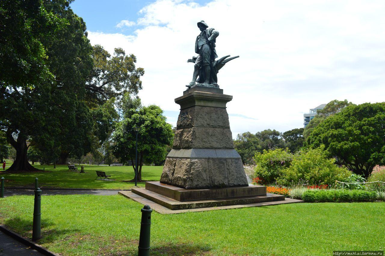 Памятник Р.Бернсу.