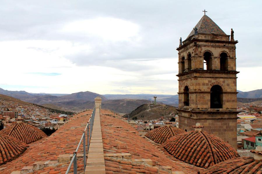 путь к смотровой площадке по крыше храма