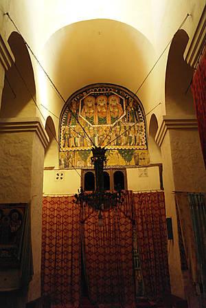 Внутри церкви Марии Сионской