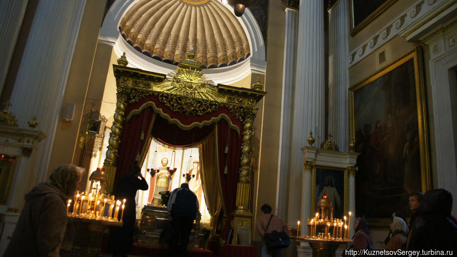 Захоронение мощей князя Александра в Санкт-Петербурге