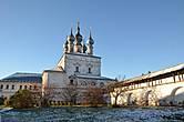 Надвратная церковь Иоана Богослова