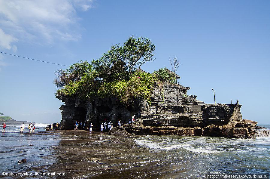 Зарисовки о Бали. Часть 5. Пура Танах Лот Денпасар, Индонезия
