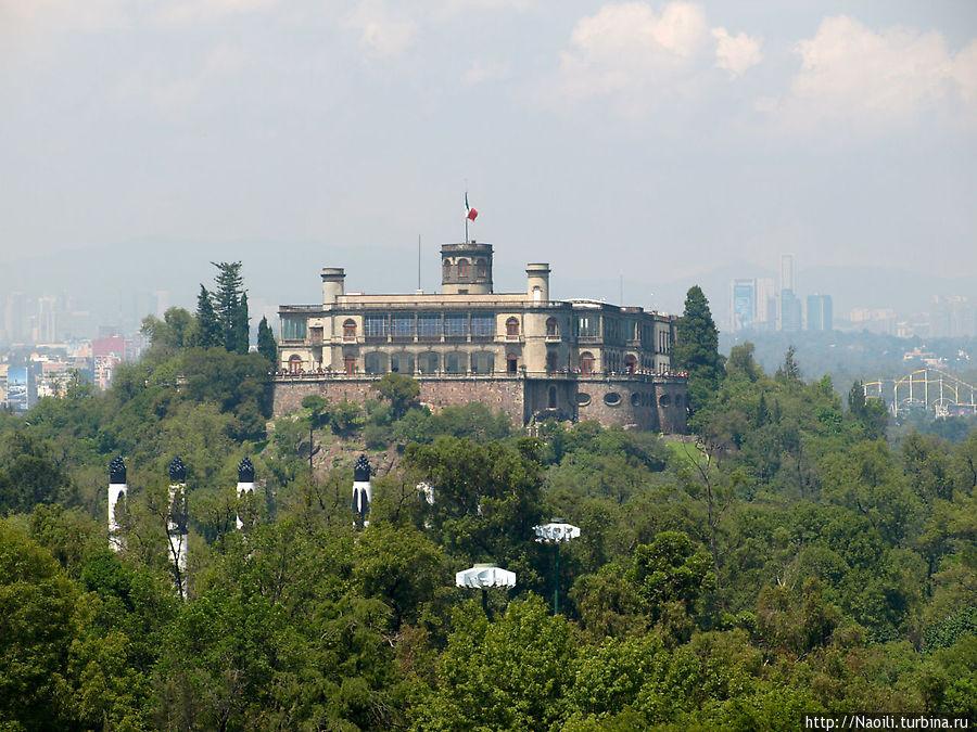 Замок Чапультепек