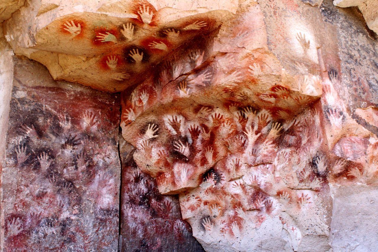 Каньон Риу-Пинтурас с наскальной живописью Куэва-де-лас-Манос, Аргентина