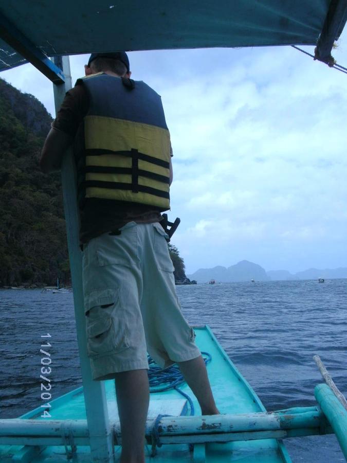 Край орущих петухов. Остров Палаван. Первый тур А в Эль-Нидо Эль-Нидо, остров Палаван, Филиппины
