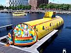 Вот она — желтая подводная лодка в доке