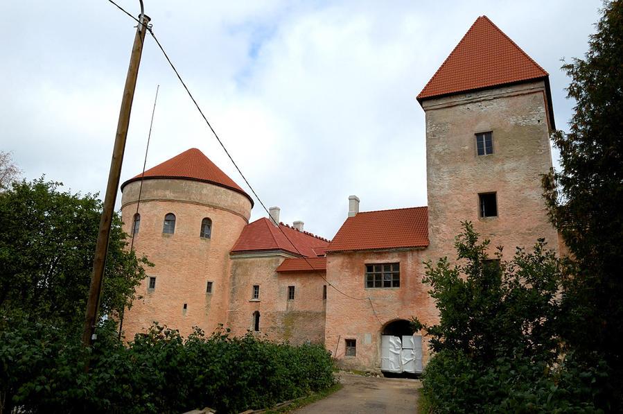 Замок Колувере. Ремонт