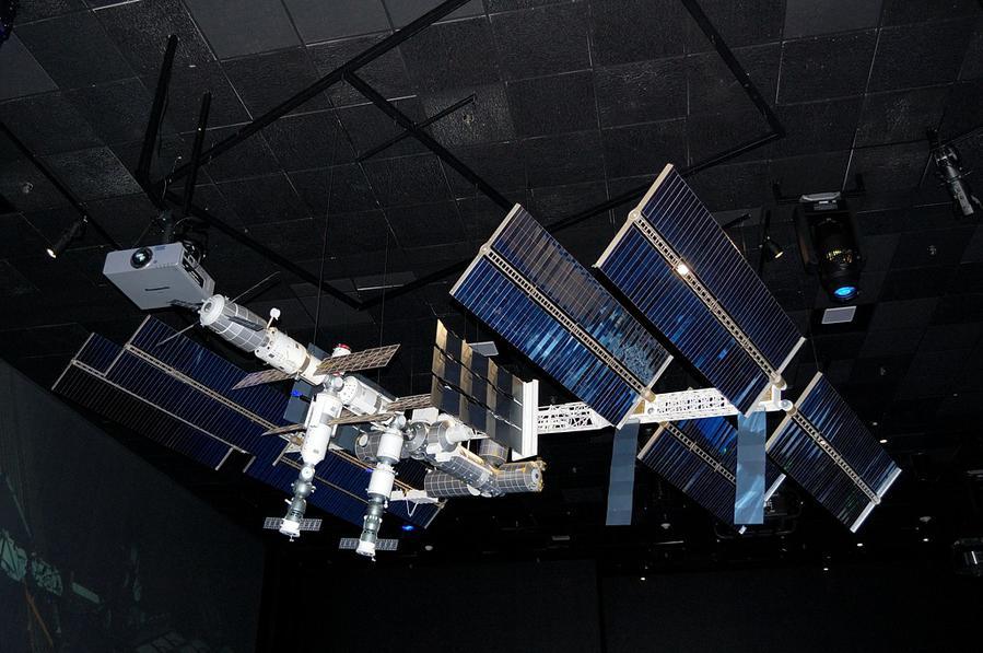 Макет МКС — Международной Космической Станции