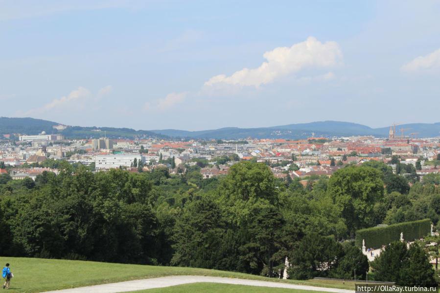 Вид на Вену с холма Глориетты