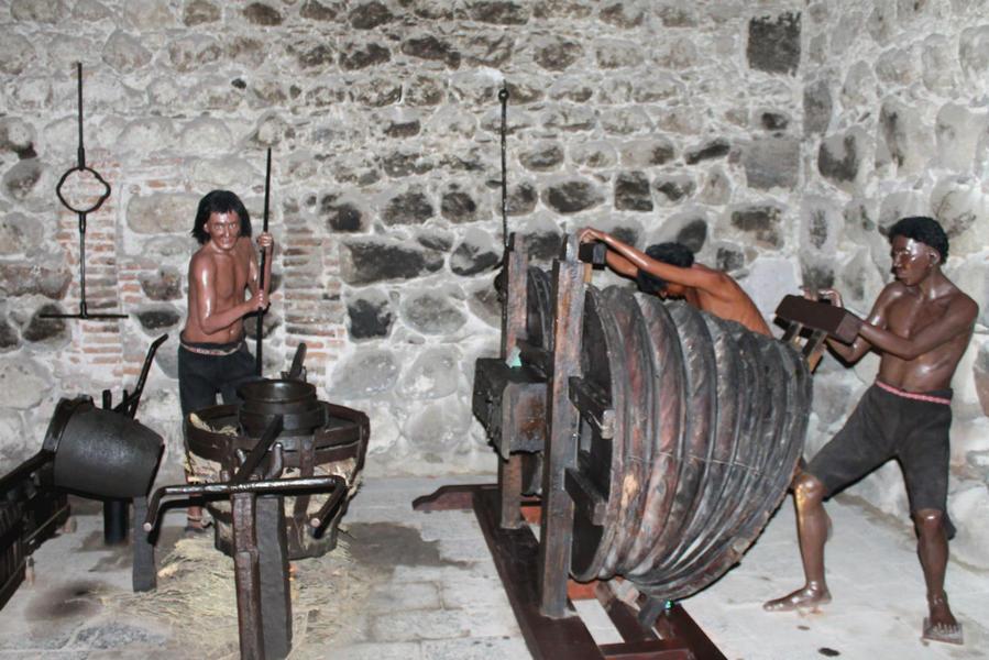 колониальная металлургия