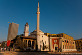 Мечеть Эфем Бей построенная в 1823 году и чудом уцелевшая во времена религиозных гонений.