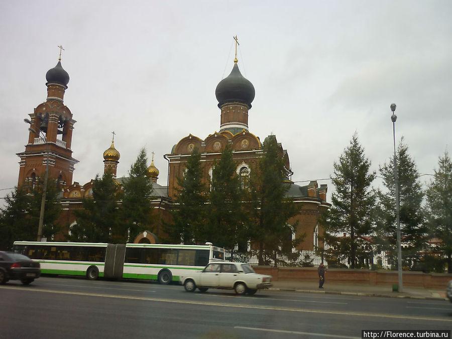 Церковь у платформы Трикотажная