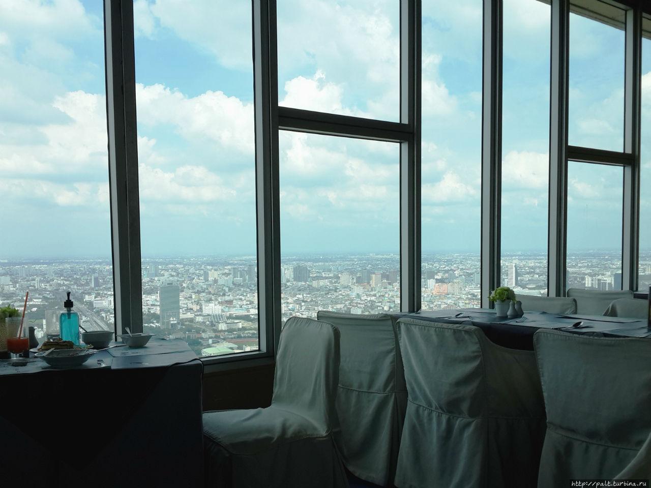 Ресторан на 76 этаже