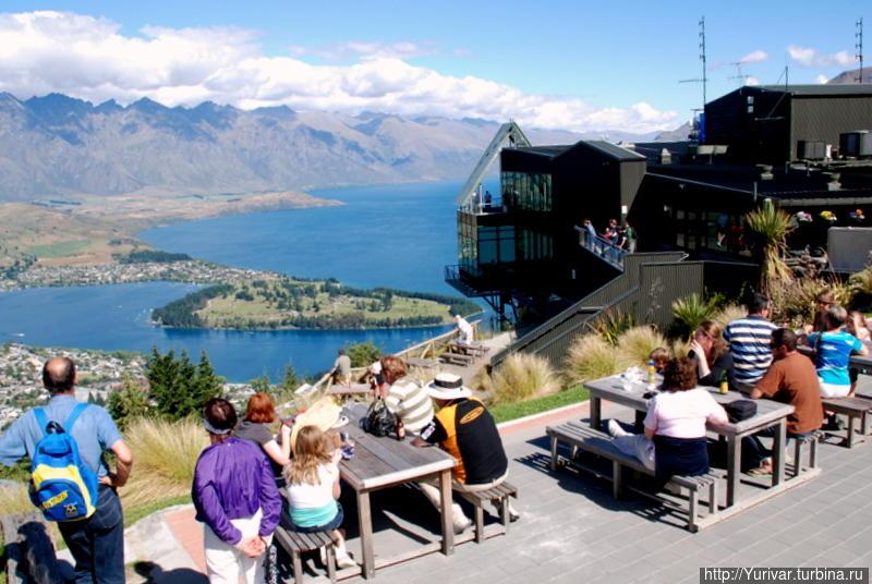 Здесь любимое место отдыха туристов Квинстаун, Новая Зеландия