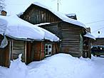Мы там были ранней весной, когда все занесено снегом.