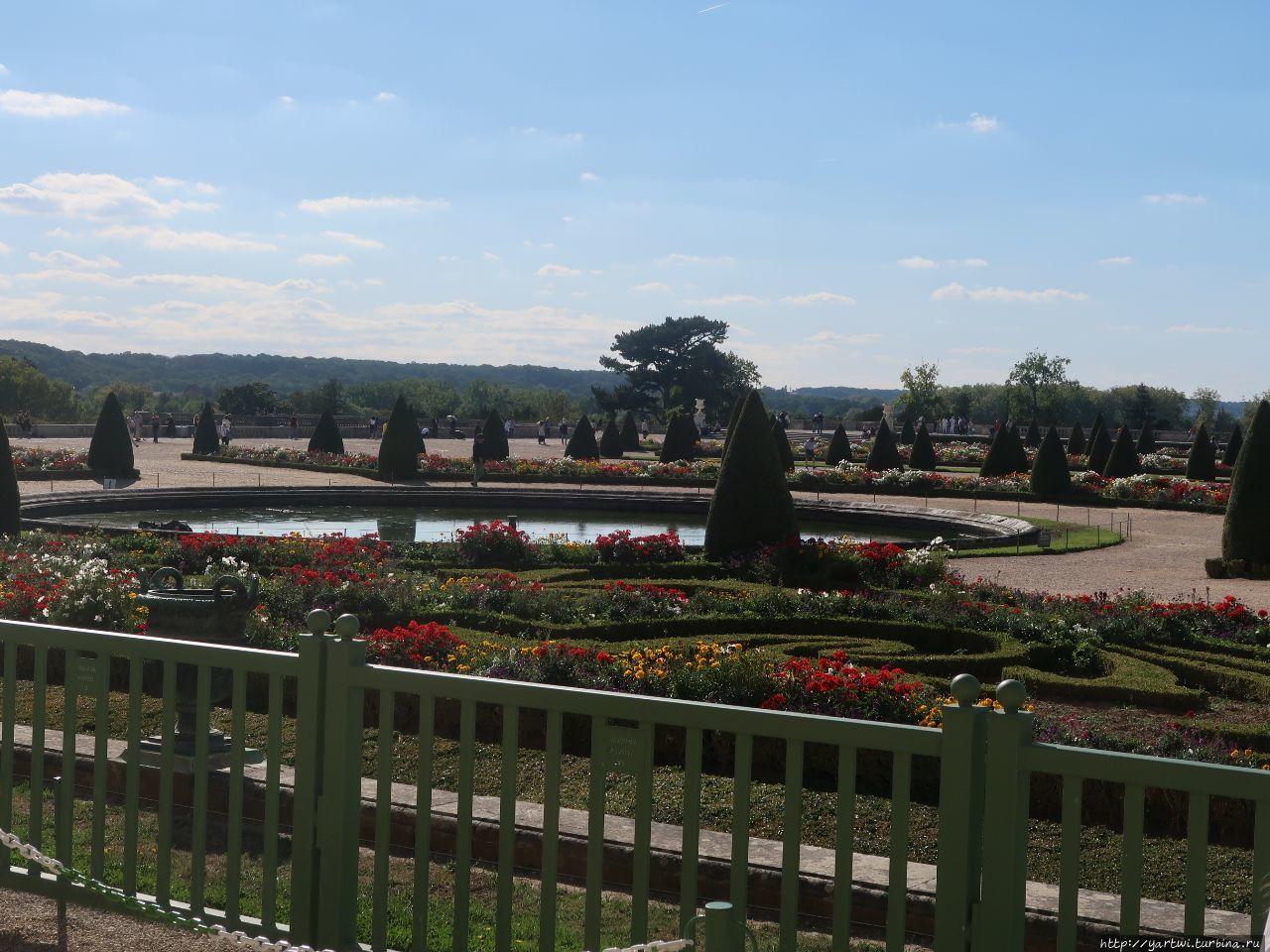 Парк Версаль. Фрагмент.