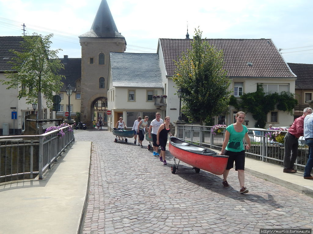 Туристы готовятся к отплы