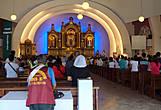 В кафедральном соборе Сан Педро идет служба