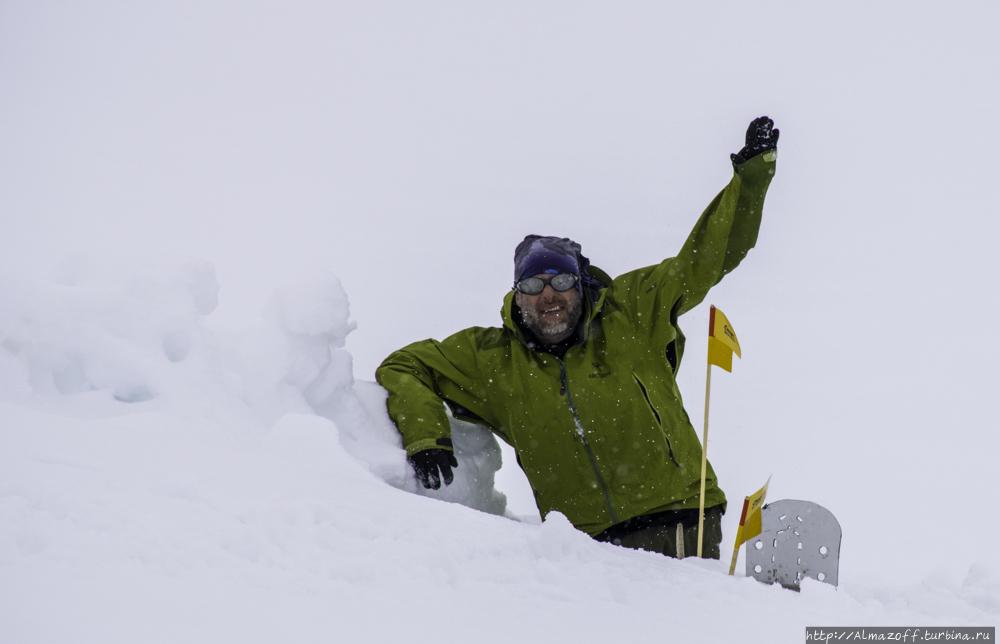 Восхождение на пик Хан-Тенгри. Штурмовой день. Хан-Тенгри гора (7010м), Казахстан