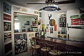 Дом Майка — барная стойка