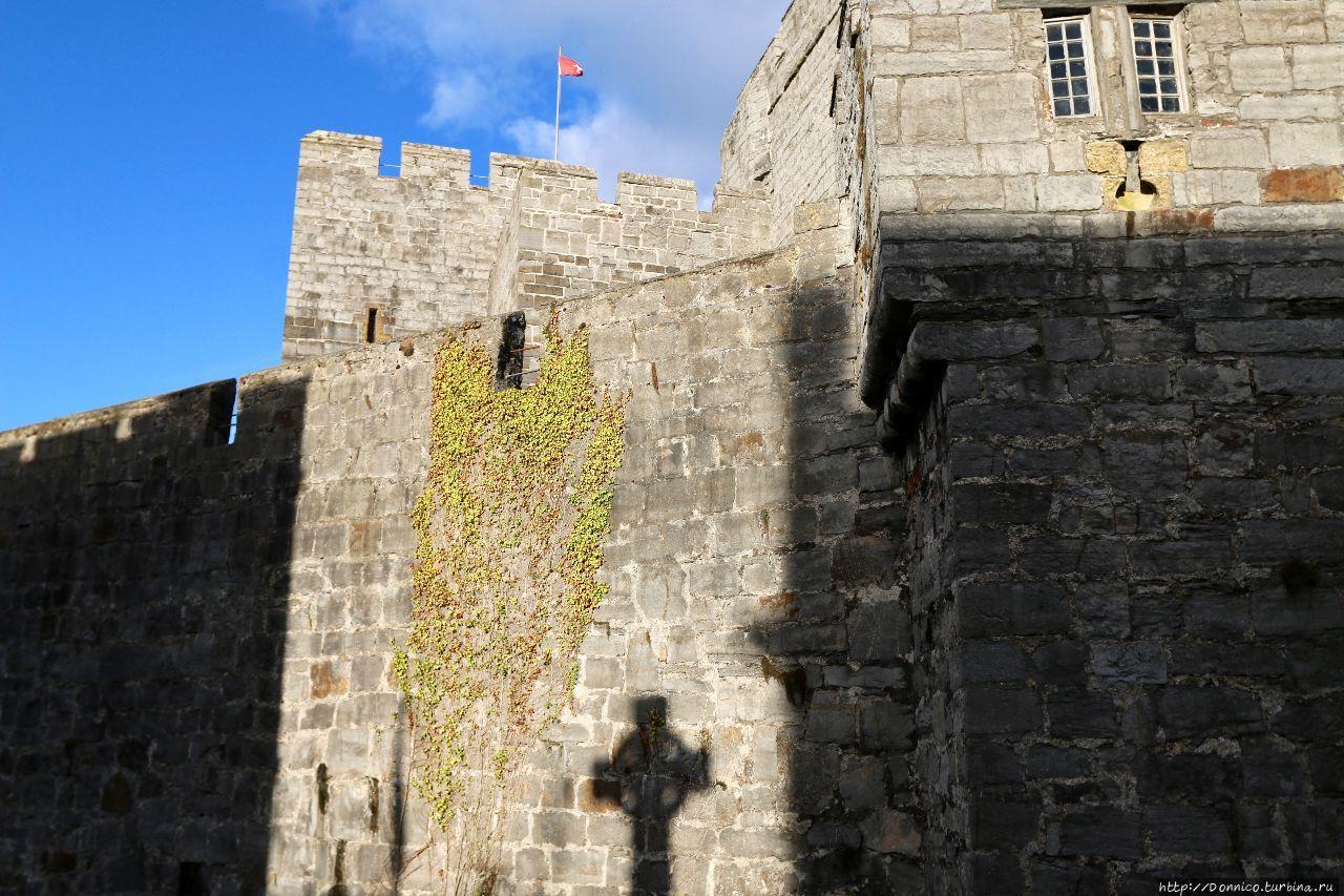 Про Castletown и замок уж