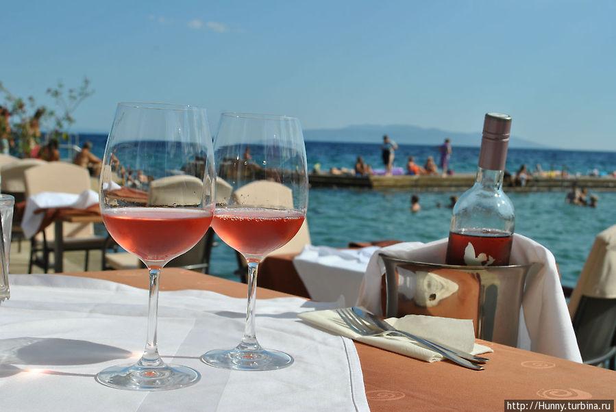 Вкусное розовое вино