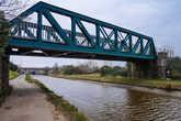 Железнодорожный мост через канал.