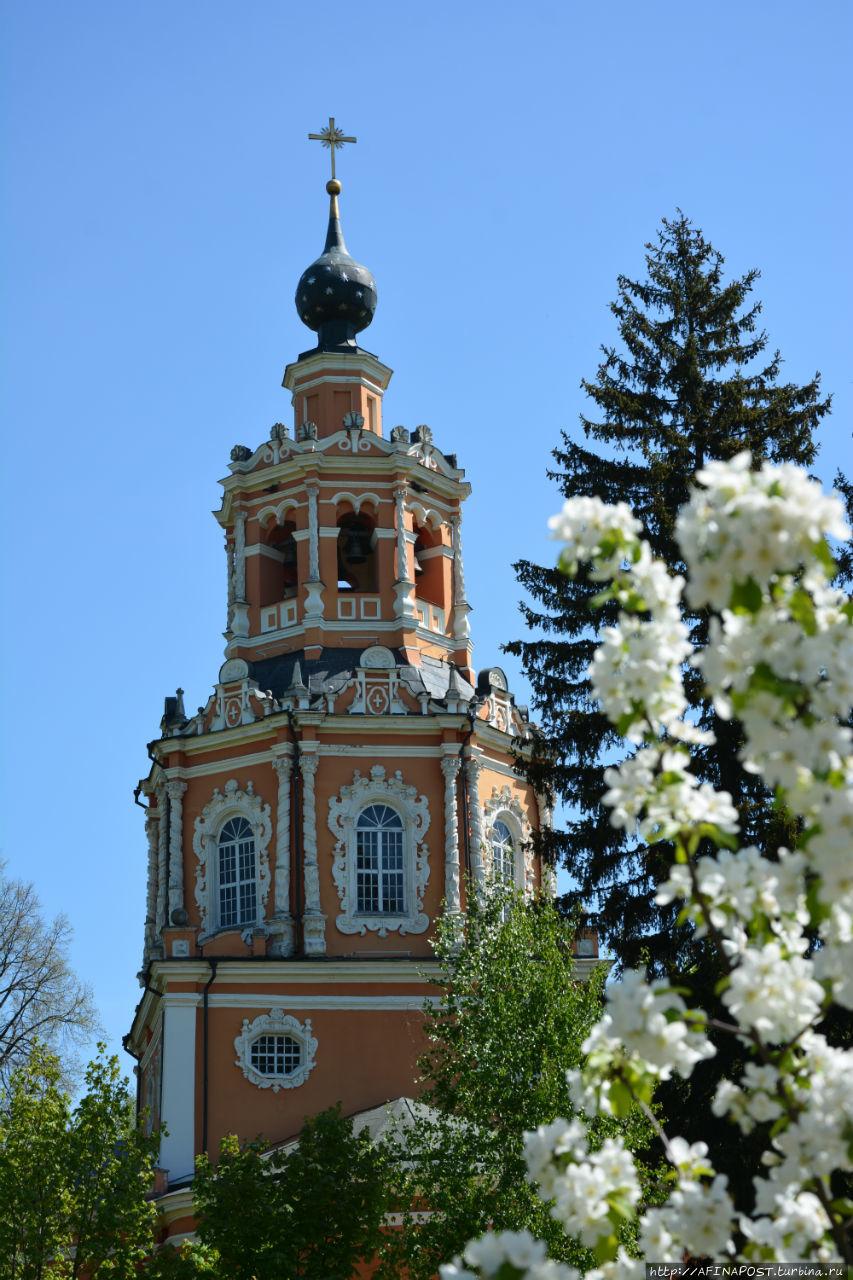 Краса России. Церковь Спаса Нерукотворного в Уборах