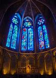 А эту капеллу уже в XX веке украсил витражами Марк Шагал, и она стала украшением собора и предметом гордости отечественных туристов.