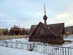 Часовня (небольшая молельня без алтаря), поставленная в честь 500-летия Пустозерска — первого городского поселения московитов за Северным Полярным кругом. Учитывая то, что Пустозерск был одним из духовных центров т.н.