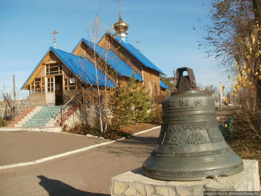 На территории прихода в 2003 была построена часовня в честь Табынской иконы Божией Матери.