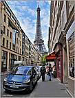 Без башни, конечно, никак не обойтись. Ее видно отовсюду. Башня — для парижских фотографов, как Фудзияма для японских. Интересно фотографировать ее с разных точек города и с разных ракурсов... *