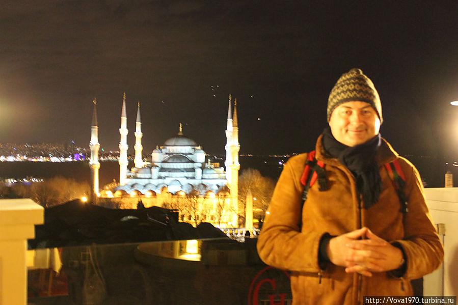 Вид на Голубую мечеть. Вечер.