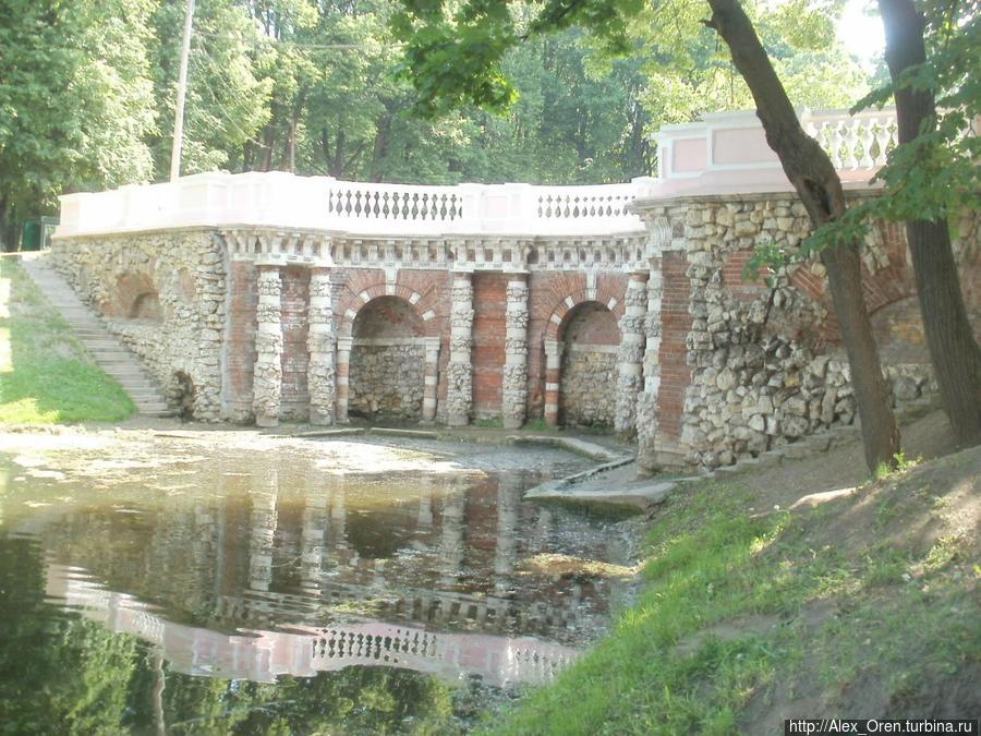 Плотина в Лефортовском парке построена в 1730-е годы.