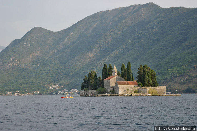 Остров-монастырь.