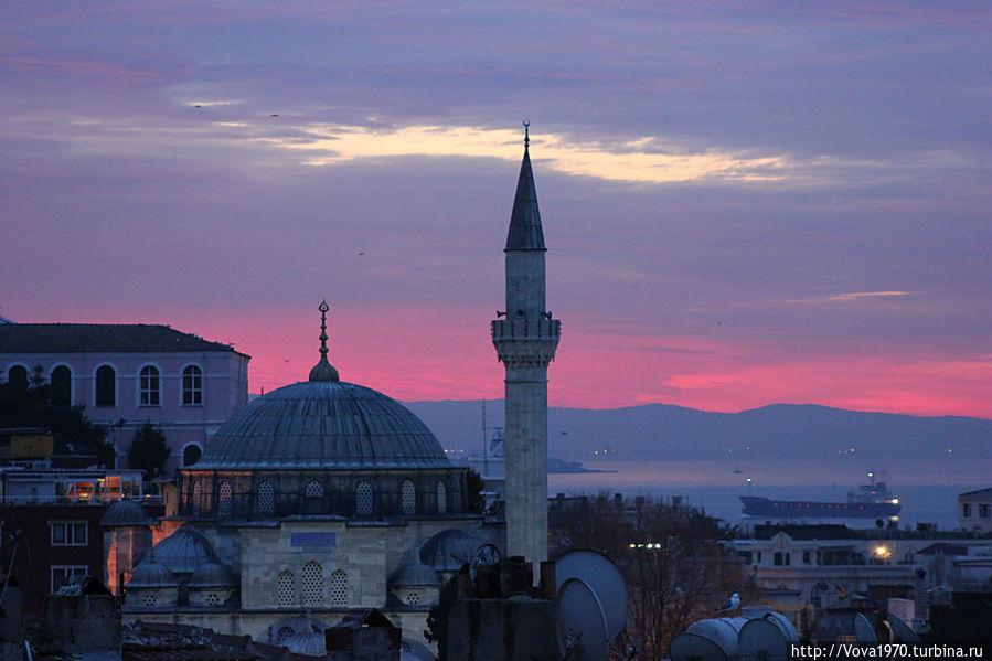 Мечеть Соколлу Мехмет Паша на рассвете.