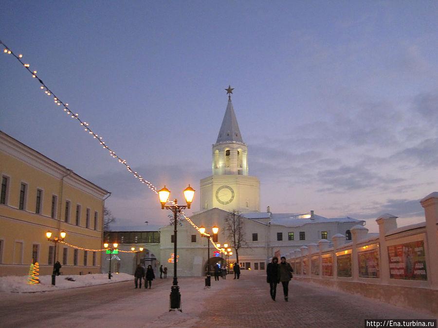 По улочкам вечернего Кремля