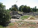Развалины акрополя и церкви