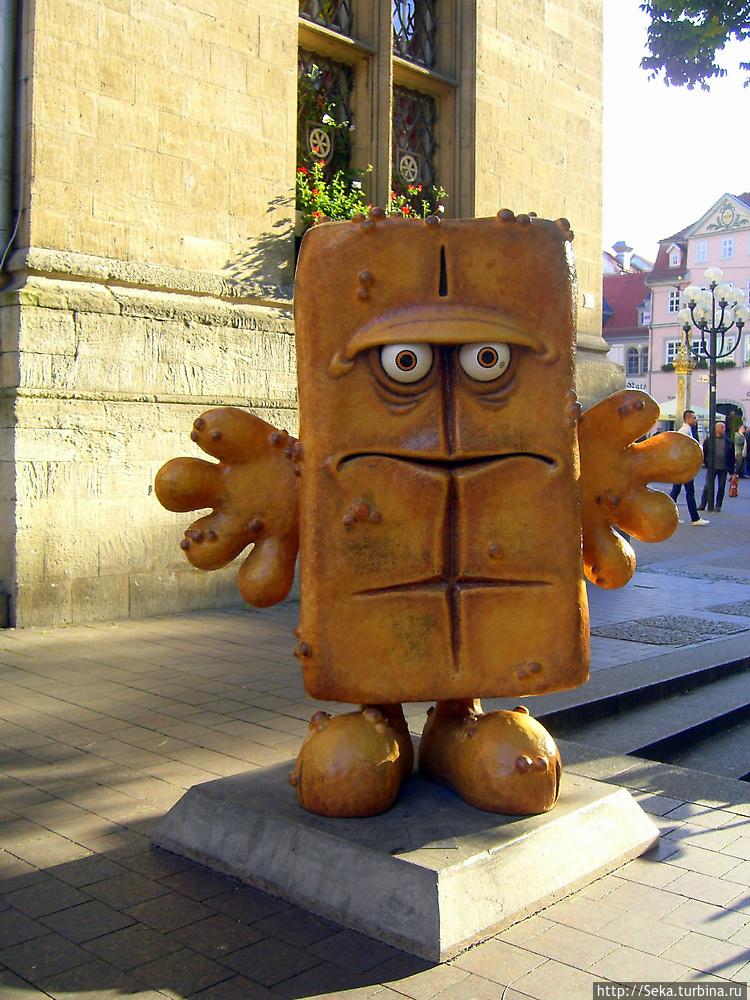 Памятник хлебушку
