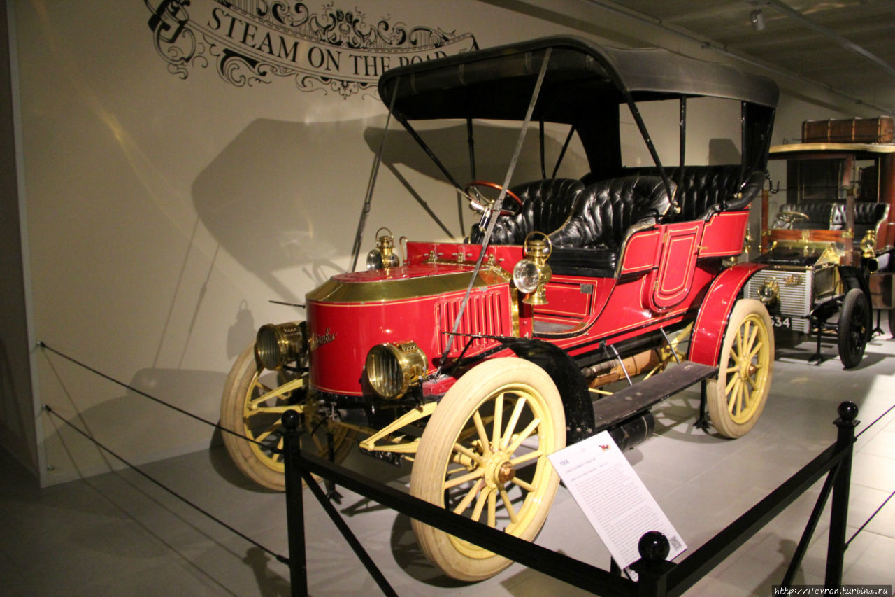STANLEY 20-HP MODEL F TOURING CAR