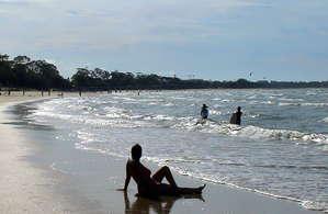 Что может быть для нас лучше теплого песка и теплого моря в декабре?