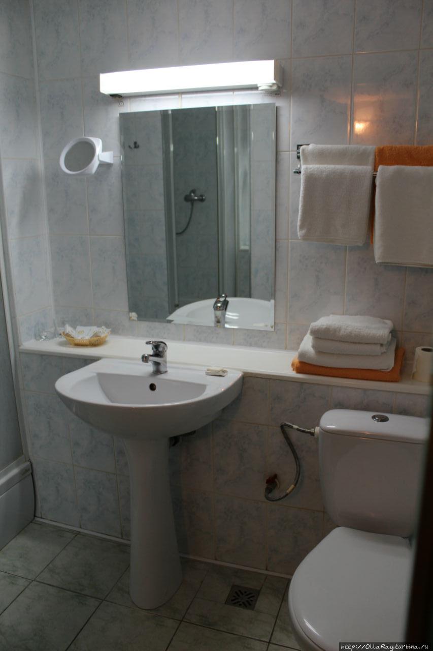 Двухместный номер. Туалетная комната.